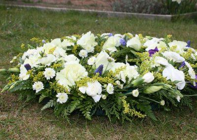 funeral-flowers-374183_1920